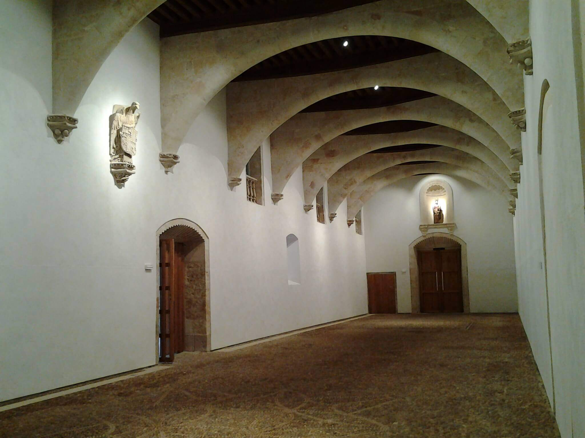 Salón Profundis LED