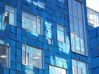 Placas solares para instalación en fachadas.