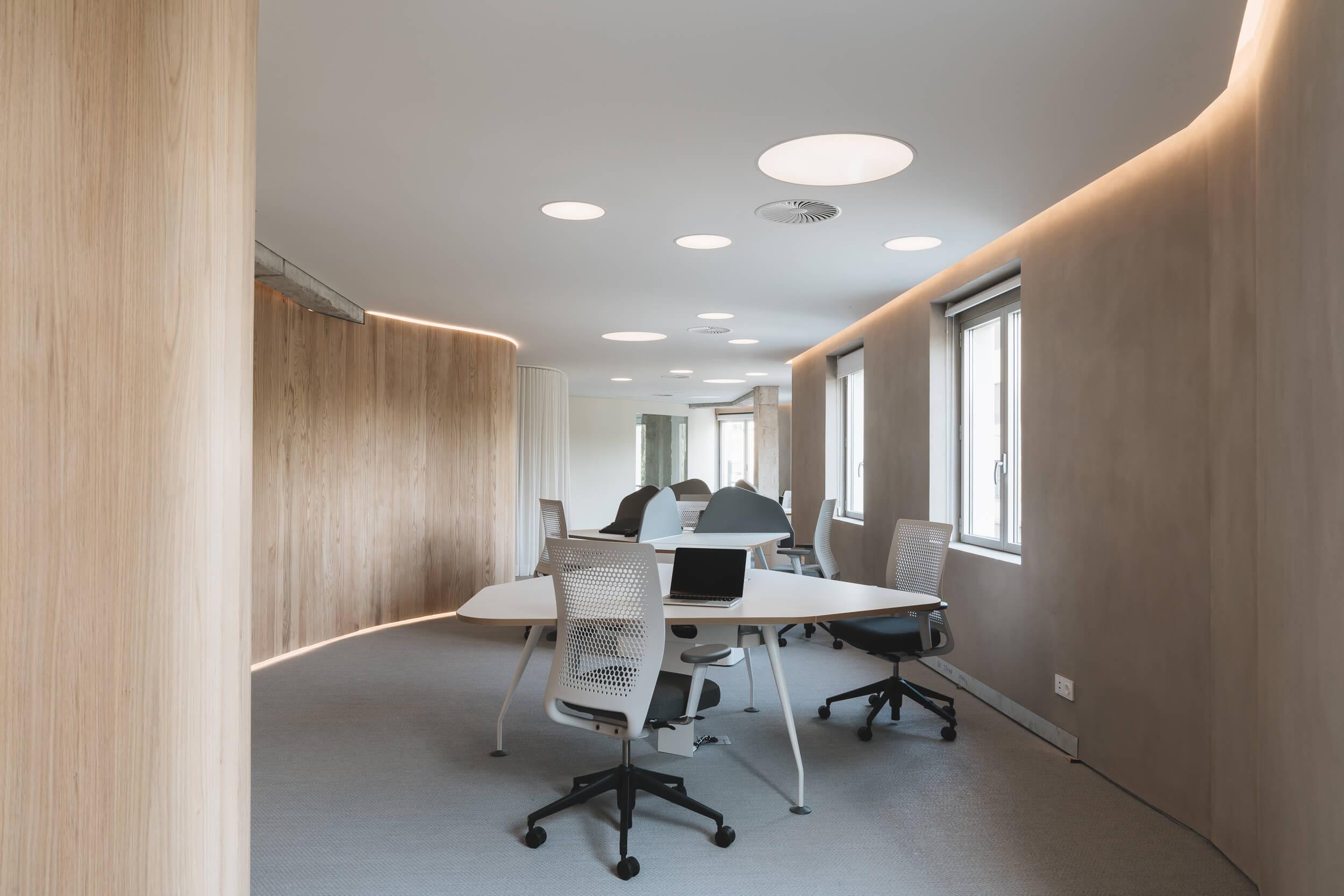 Oficinas modernas y dinámicas