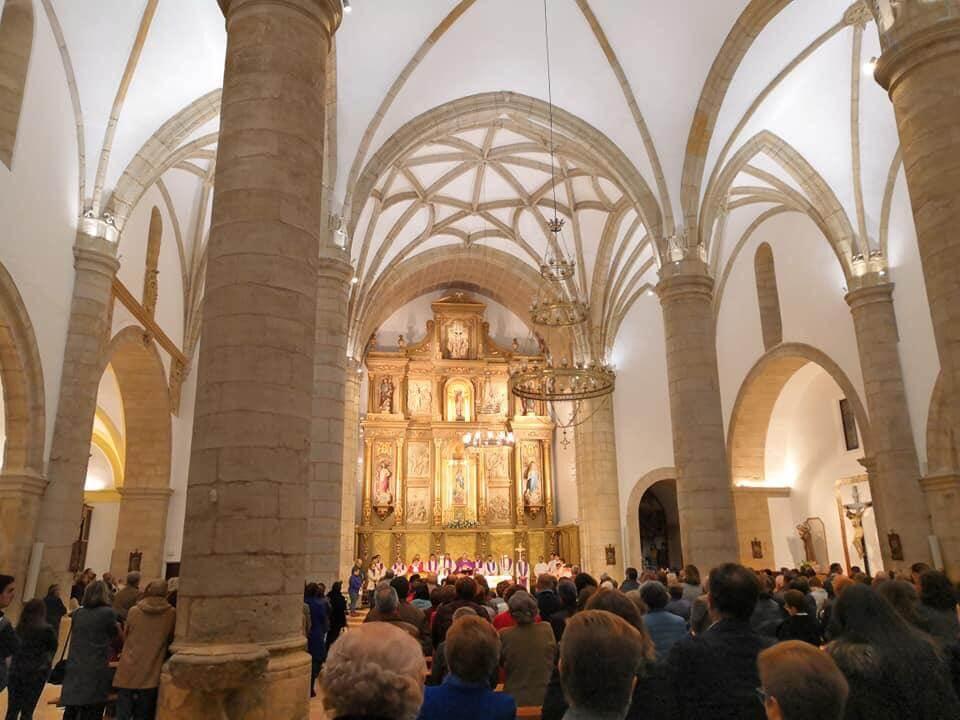 Iluminación de las bóvedas en la Iglesia San Juan Bautista
