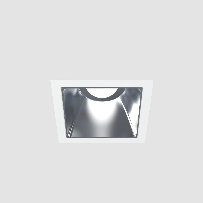 Downlights para instalación empotrados en techo, corte de 118 x 118 mm, acabados en color blanco mate. Versiones con temperatura de color de 3000 o 4000 K, IP 40 y flujo luminoso de hasta 882 lúmenes. Disponible con protocolo de regulación digital DALI