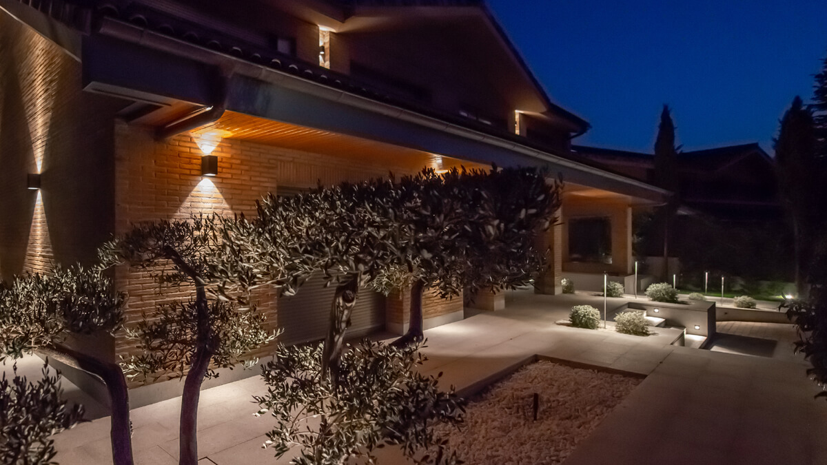 Terraza exterior vivienda de lujo
